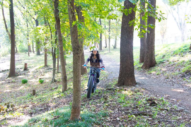 ゴツすぎる自転車、ファットバイクで山も!街も!