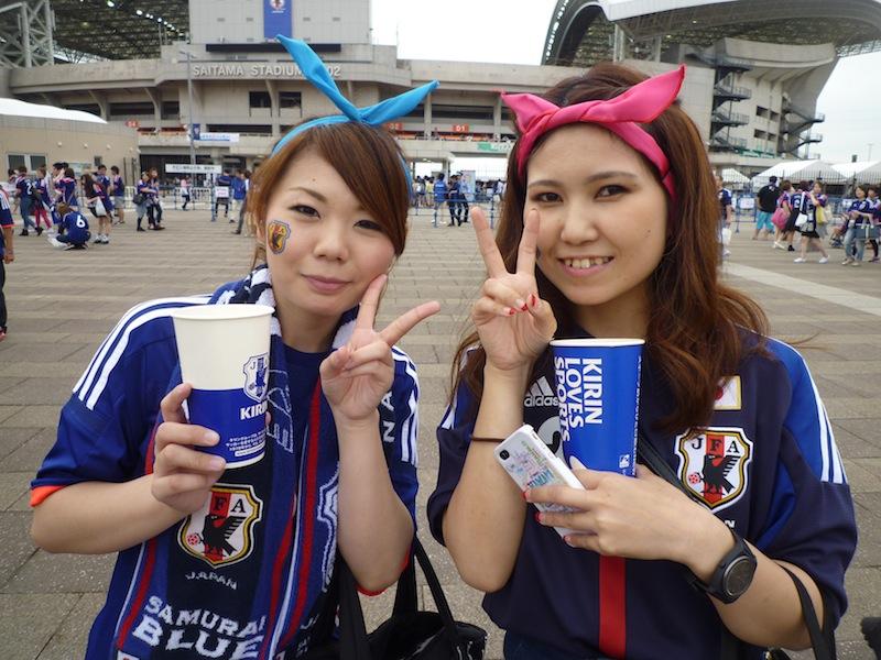 応援ファッションでサッカー日本代表にエール