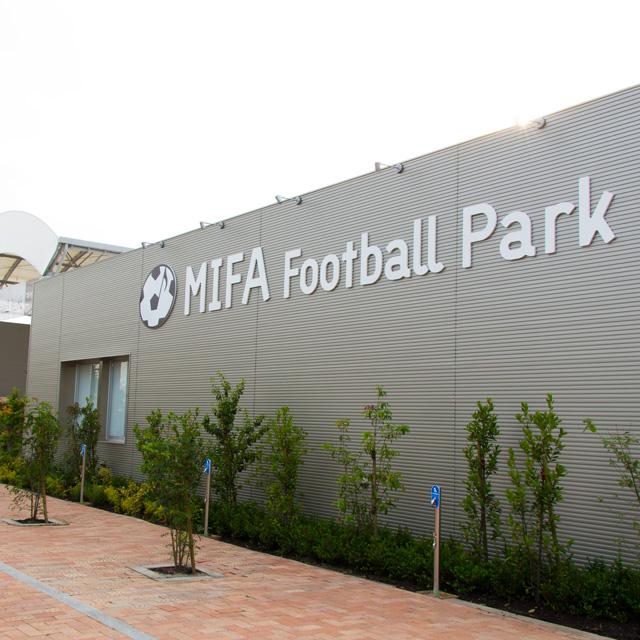 豊洲エリアに新オープンのフットサルコート 『MIFA Football Park』に行ってみた