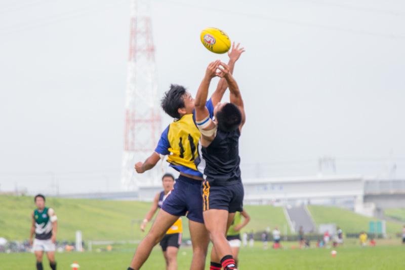世界一激しいスポーツ! オーストラリアンフットボール日本代表『SAMURAIS』の挑戦