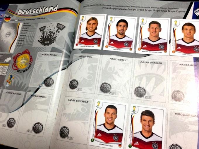 優勝したドイツ代表。個人で1チーム完成させるのは結構大変