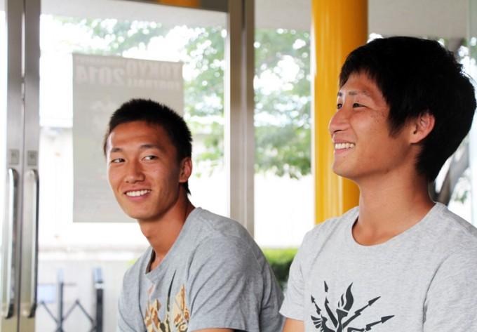 左から室屋成選手、和泉竜司選手