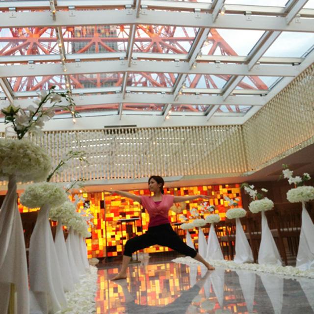 「愛」がテーマにヨガイベント『YOGASAI』 東京タワー間近のチャペルで開催