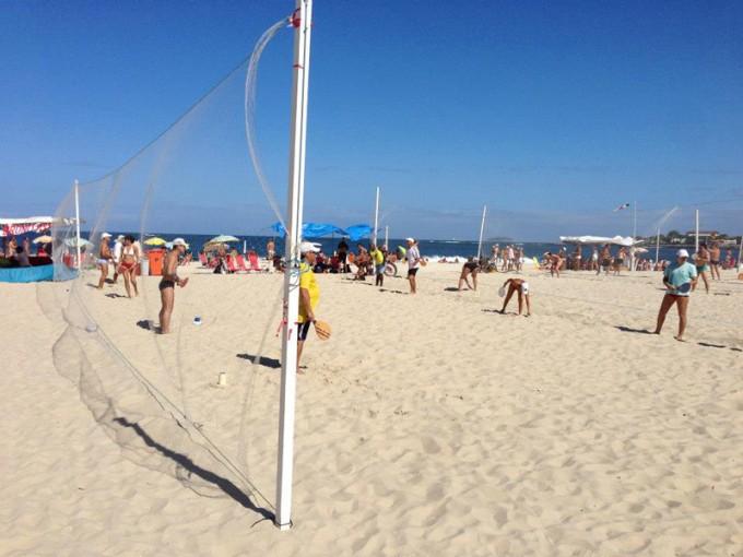 ブラジルではどのビーチに行ってもプレーしている人がいるとか