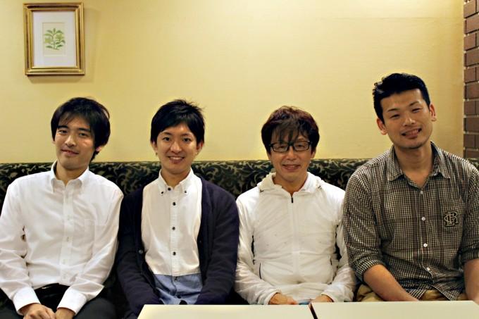 白熱した議論を交わした澤田氏と吉澤氏。そして対談に同席した元ハンドボール日本代表の東 俊介氏(右)とSportie編集部の萩原(左)