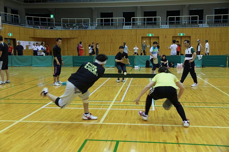 日立から日本全国の球技へ、その名も「パンポン」!