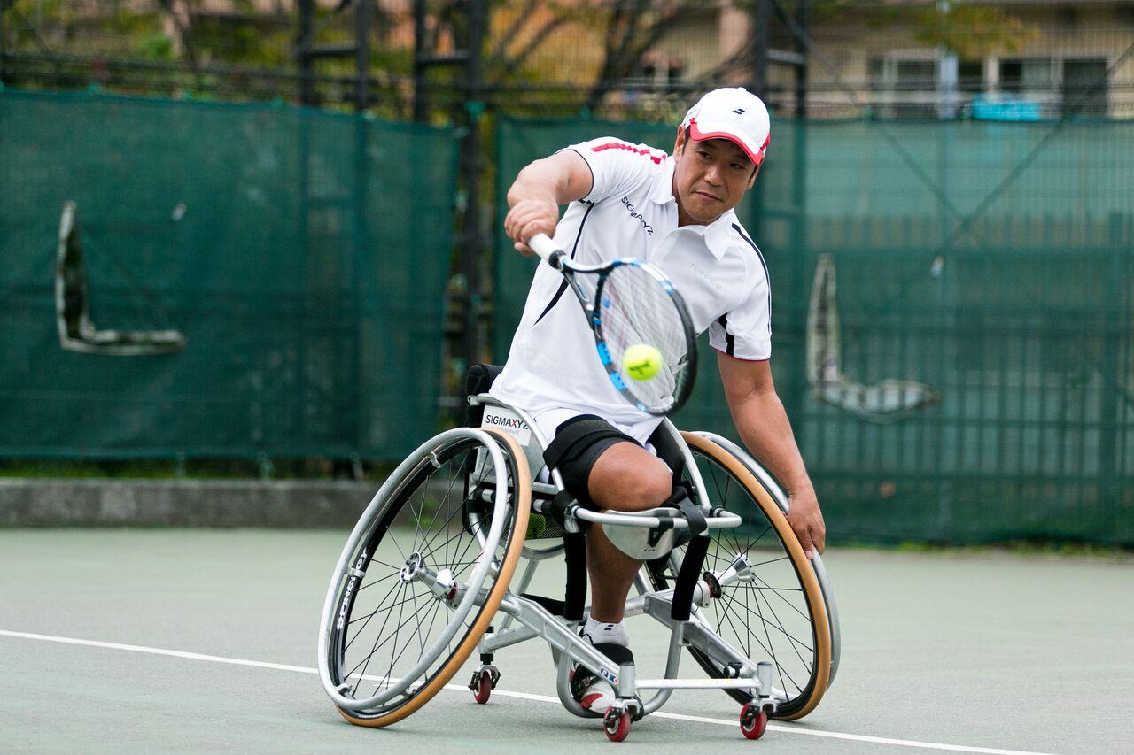 障がい者スポーツのパイオニア プロ車いすテニス選手、齋田悟司選手
