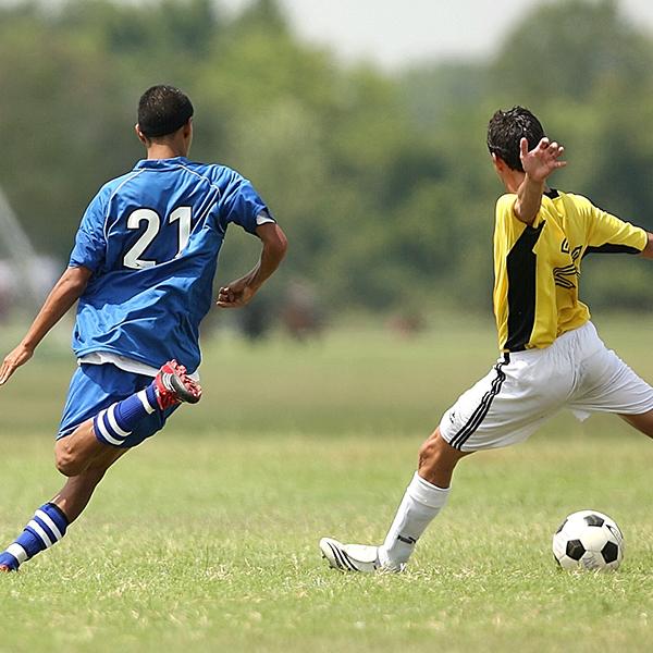 サッカーにおける人種とスペックの違いは?