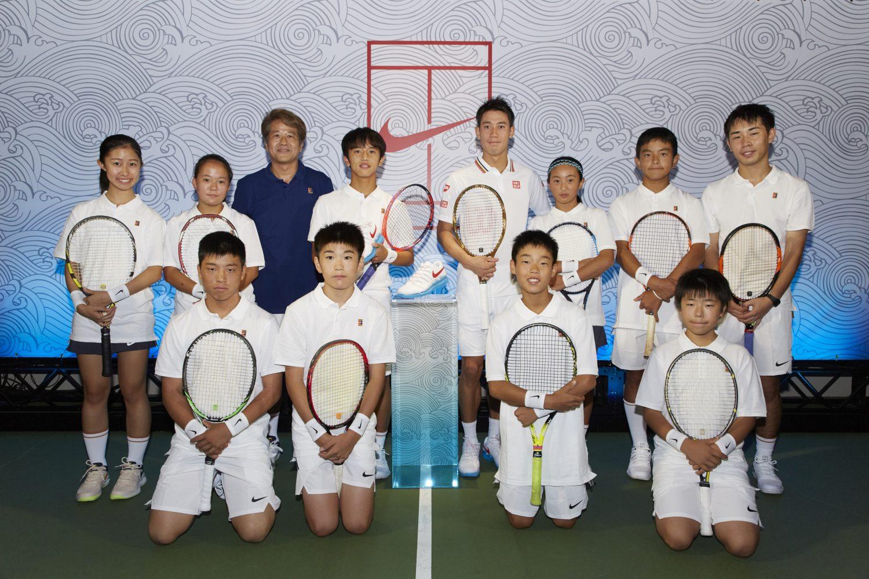 NIKE、日本をイメージした錦織選手のオリジナルシューズを発売