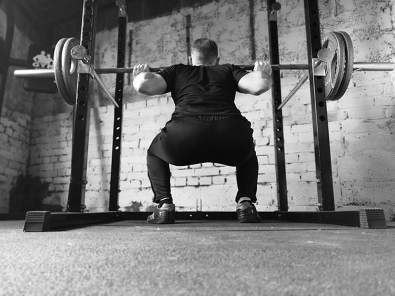 ハイバー・ローバーって何?スクワットのフォームの違いと鍛えられる筋肉を紹介!