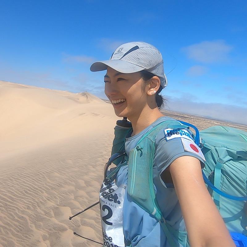 究極のファンランナー・ヤハラリカさんが楽しみ尽くしたナミブ砂漠レース250km