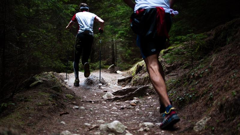 女性の方が男性よりウルトラマラソンに向いている?