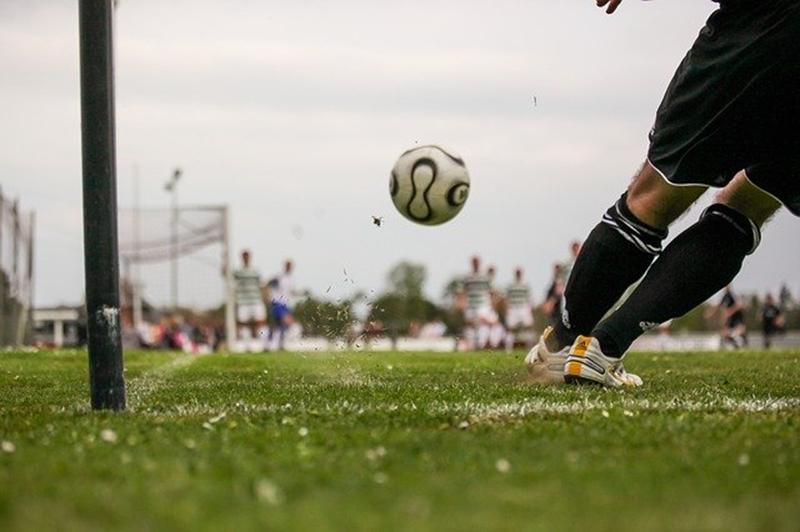 サッカーではどんな体力が必要?サッカーで必要なトレーニングを紹介!